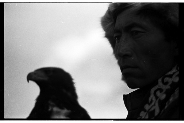 B&W Eagle Hunt Khuangol 1 _.jpg
