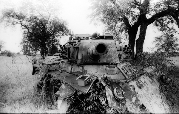 SPLA tank South Sudan LR.jpg